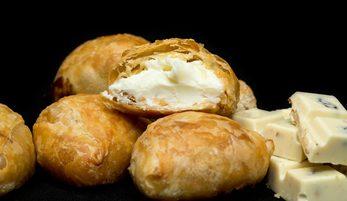 Søde Butterdejsbidder med Hvid Chokolade & Vanilje